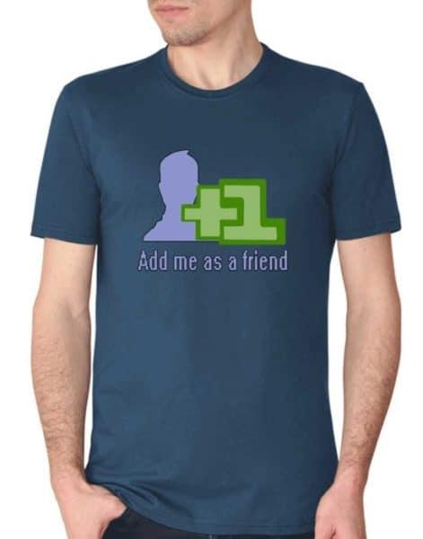 """חולצה עם ההדפסה """"add me as a friend"""""""