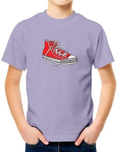 חולצה עם הדפס של נעל אולסטאר