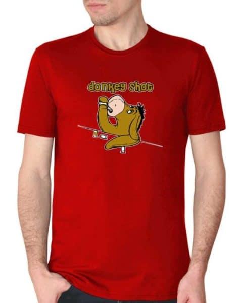 """חולצה גאונית עם ההדפס """"דונקי שוט"""""""