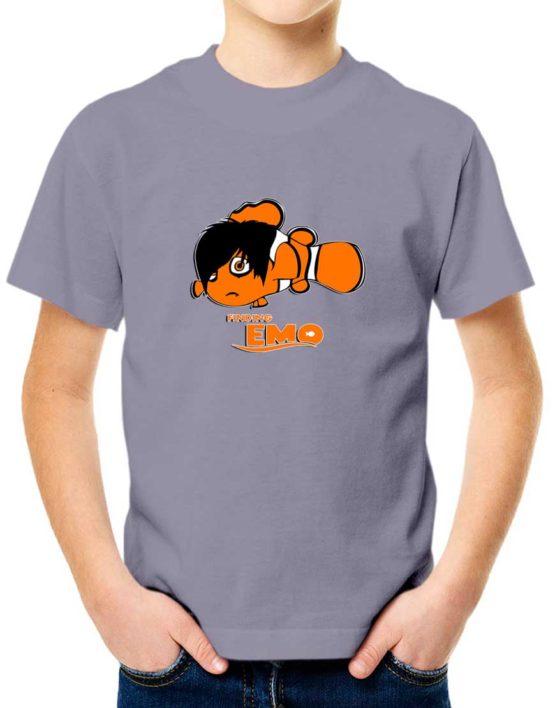 """חולצה מצחיקה עם ההדפס """"FINDING EMO"""""""