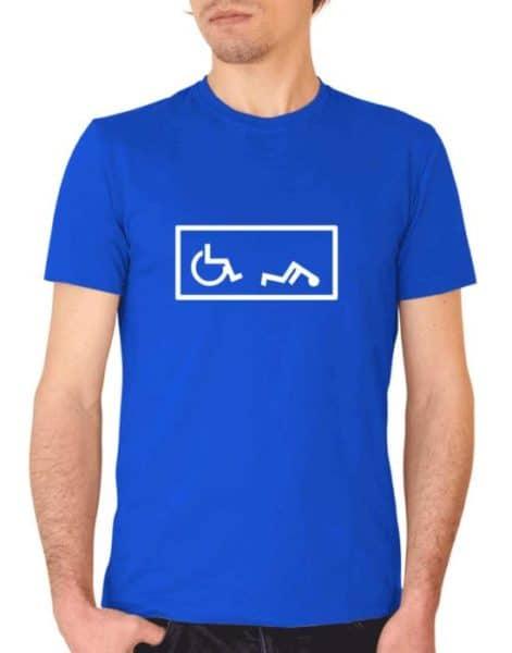 """חולצה מצחיקה עם ההדפסה של """"הנכה שנפל"""""""