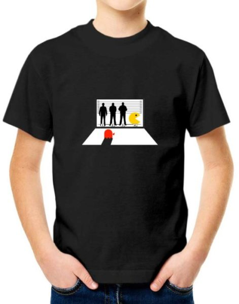 """חולצה מרשיעה עם הדפס """"פאקמן מסדר זיהוי"""""""