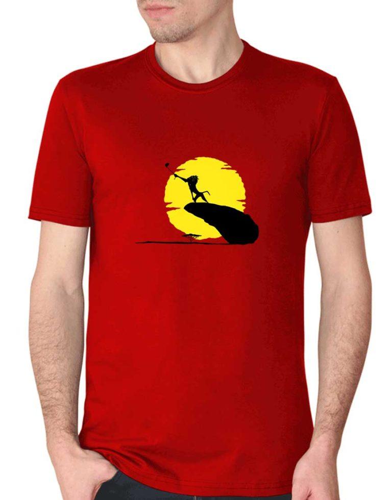 """חולצה גאונית עם ההדפס ממלך האריות """"ראפיקי עושה סלפי"""""""