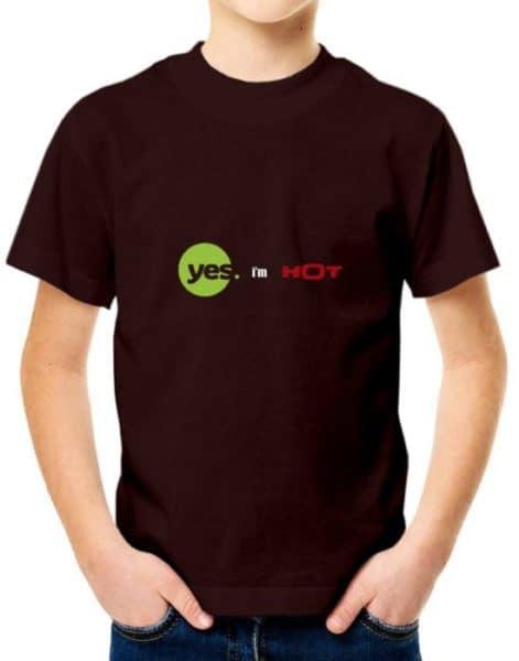"""חולצה עם ההדפסה """"yes i'm hot"""""""