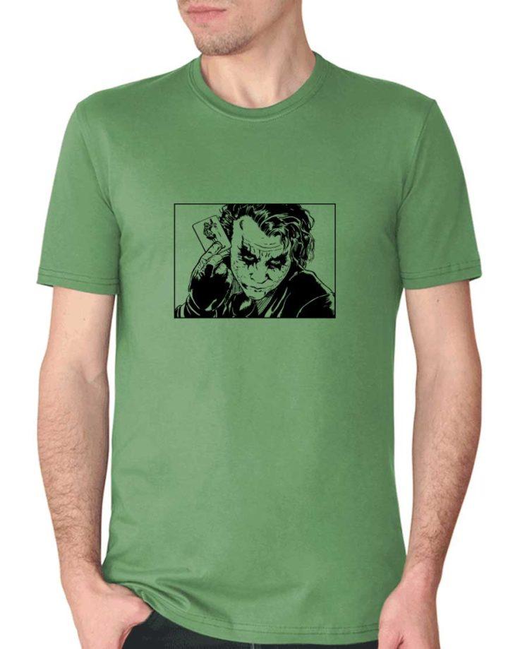 חולצה עם ההדפסה של הג'וקר